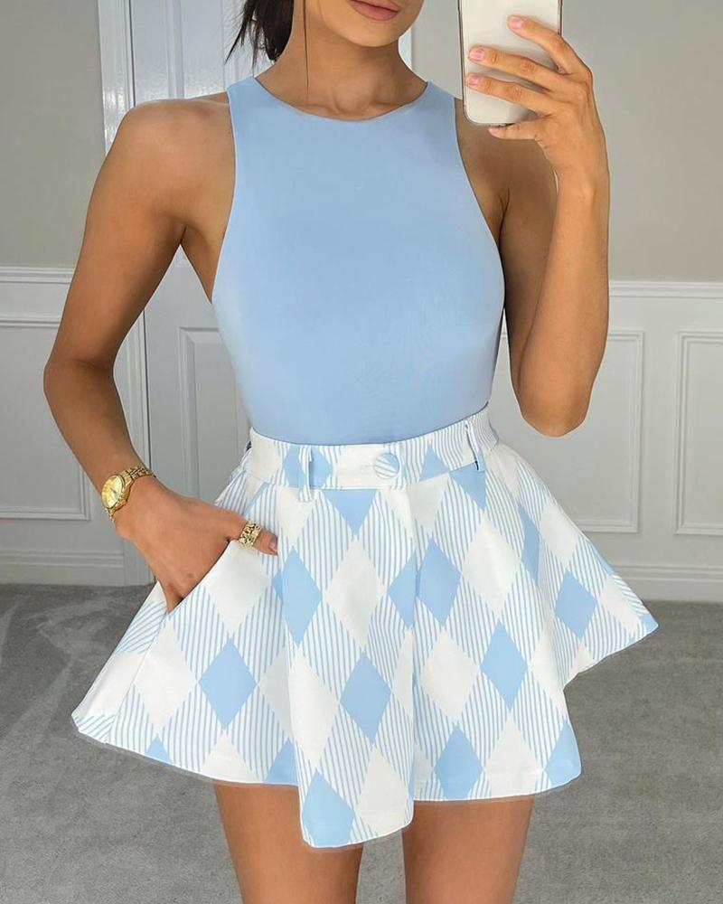 Plain Tank Top & Plaid Casual Skirt Set