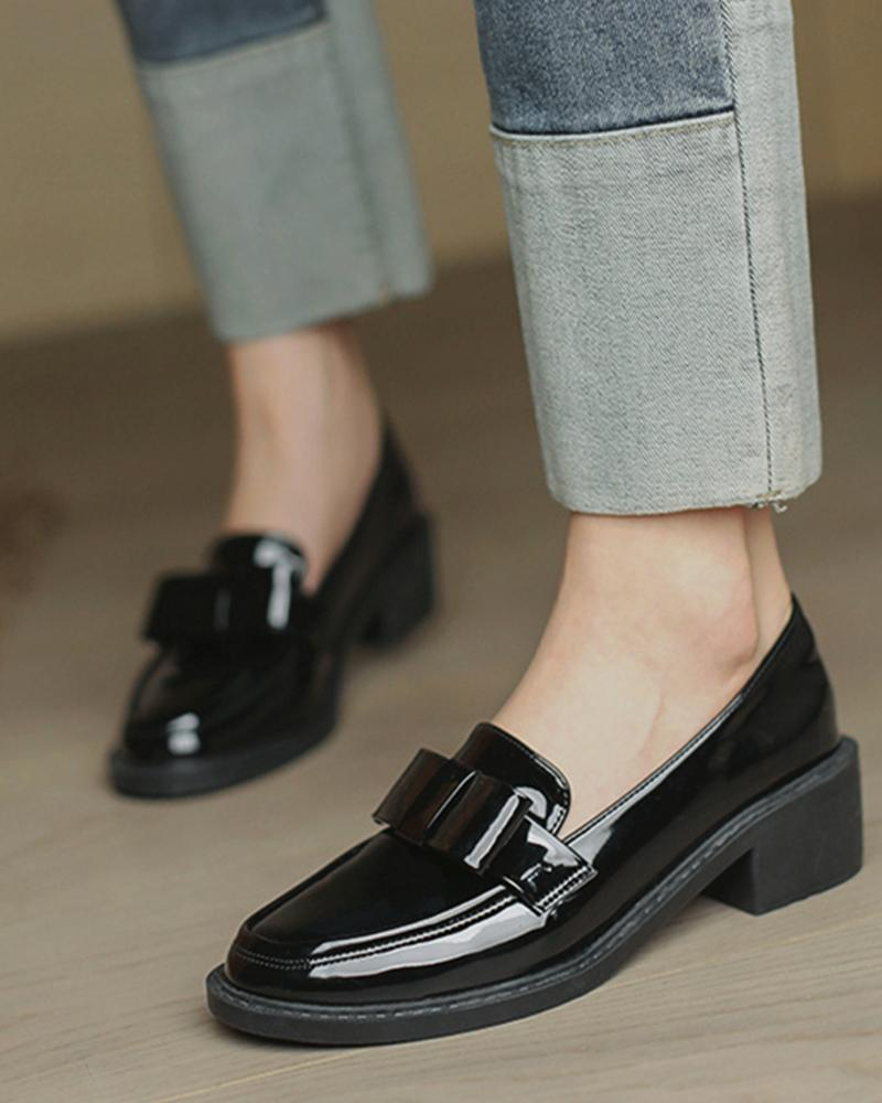 Round-toe Lacquered Leather Splicing Bow Loafers