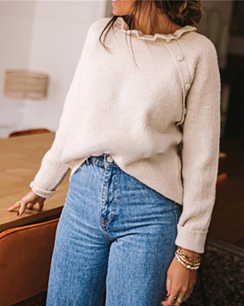 Suéter de manga larga con volante y botones decorativos