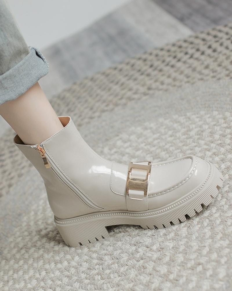 Womens Buckle Decoration Round Toe Shiny Finish Booties, Apricot