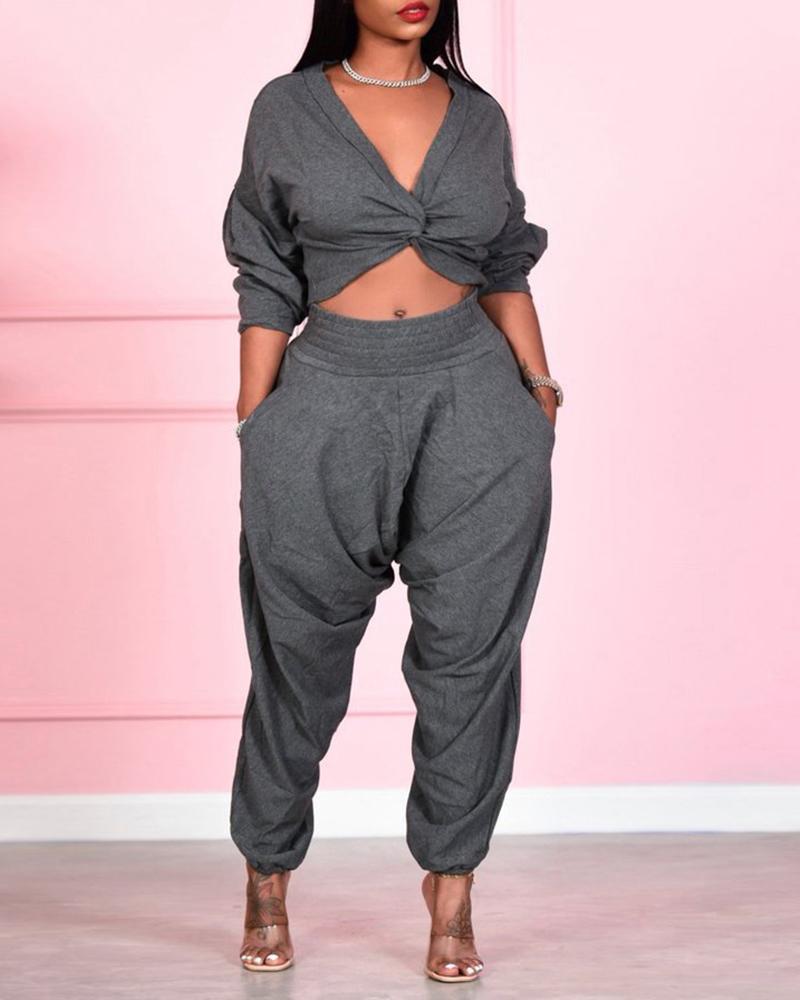 Plain Twisted Crop Top & Pocket Design Pants Set thumbnail
